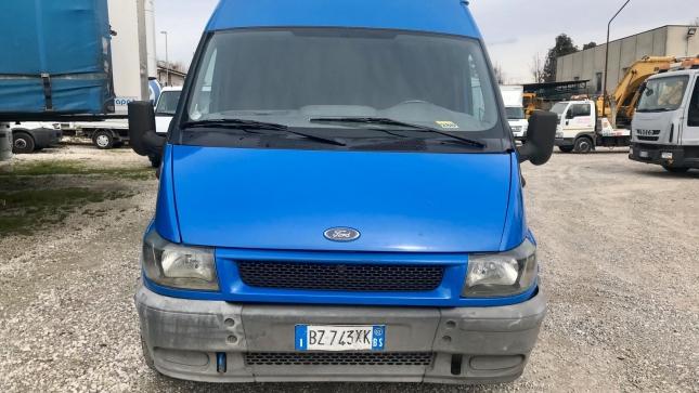 Ford Transit  (10)