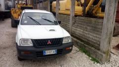 Mitsubishi Pickup (9)
