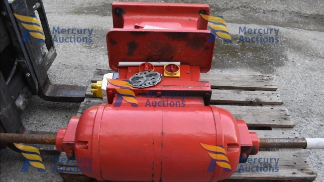 smerigliatrici, levigatrice, cassette in ferro, fili e tubi elettrici (3)