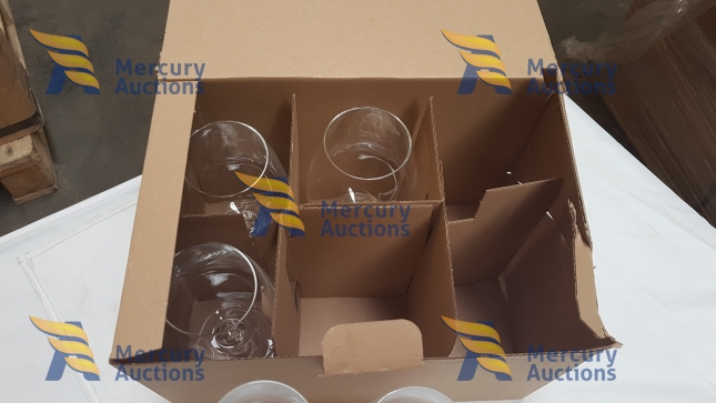 stoviglie, ceramiche, bicchieri vino e acqua in vetro - Air Italy in liquidazione (1)